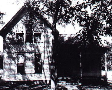 original Ax Murder house
