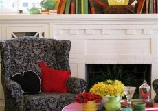 Living room image via Houzz