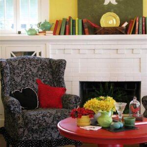 Dear Daisy Cottage Living room via Houzz
