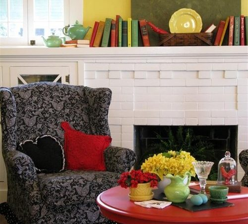 Colorful Cottage Rooms: Colorful Cottage Decorating Ideas In Red,yellow,blue,black