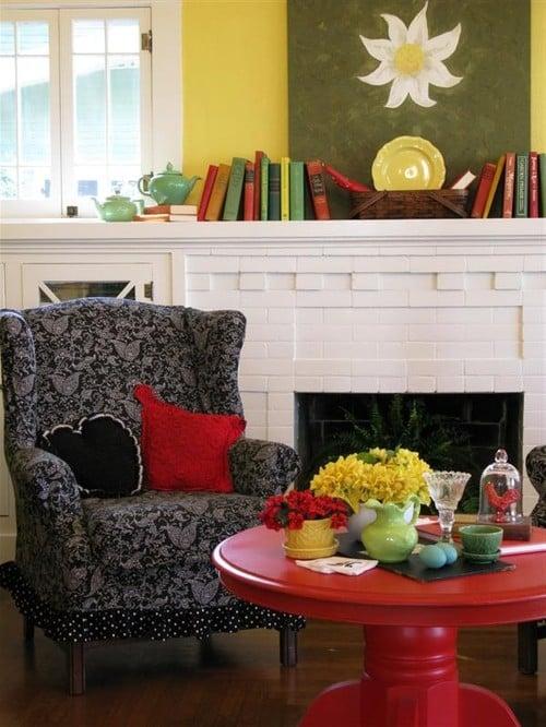 Living room image via Houzz