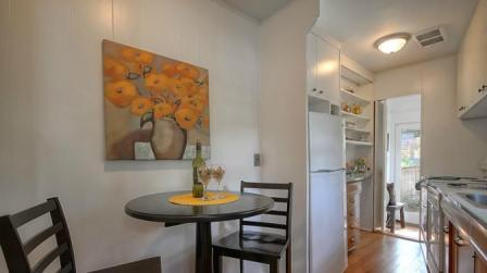 Eating Nook and Kitchen