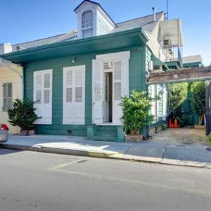French Quarter Cottage To Love