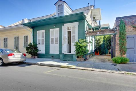 French Quarter Cottage To Love in New Orleans