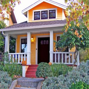 Loring orange exterior