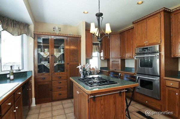 Kitchen 408 North Ave Waukegan IL