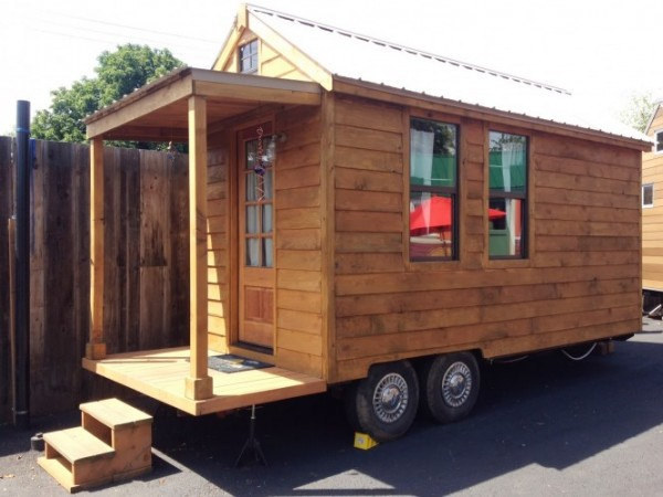 The Rosebud CARAVAN Tiny House Hotel