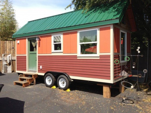 The Tandem CARAVAN Tiny House Hotel