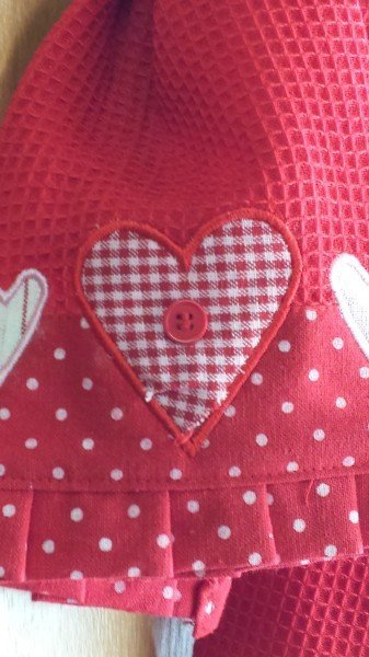 Valentines Day kitchen linens from Home Goods