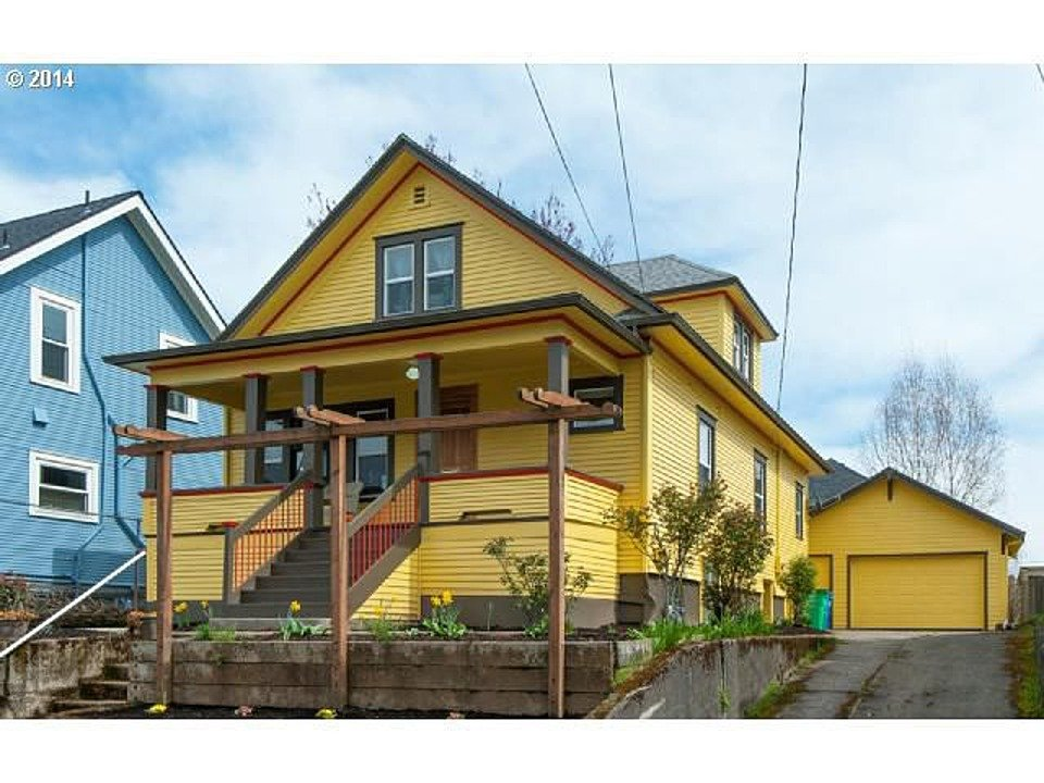 3966 NE 11th Ave Portland Oregon Yellow Bungalow for sale