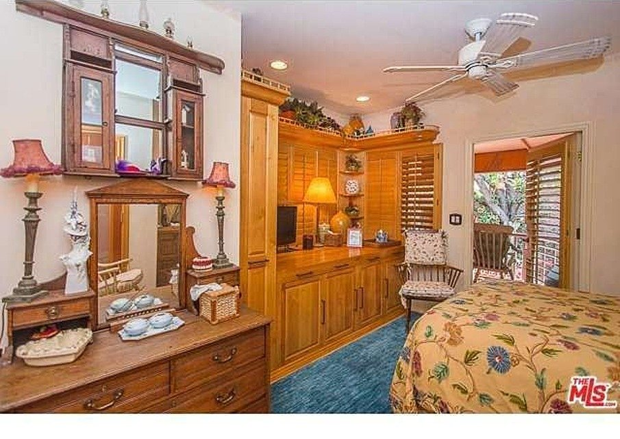 Dolly Parton's Home for sale
