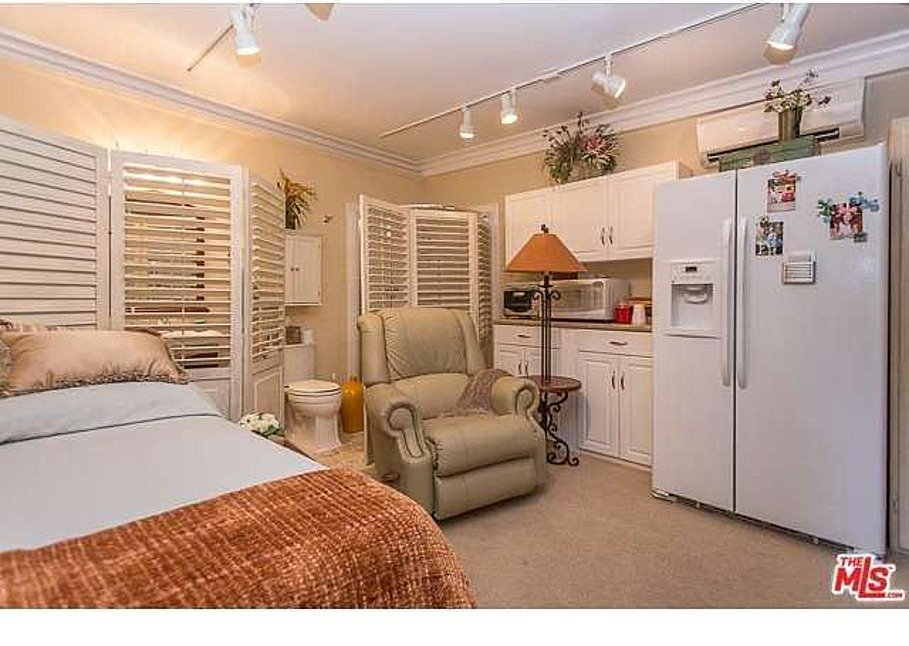 Dolly Parton LA home for sale