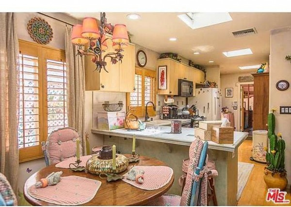 Dolly Parton LA home for sale kitchen