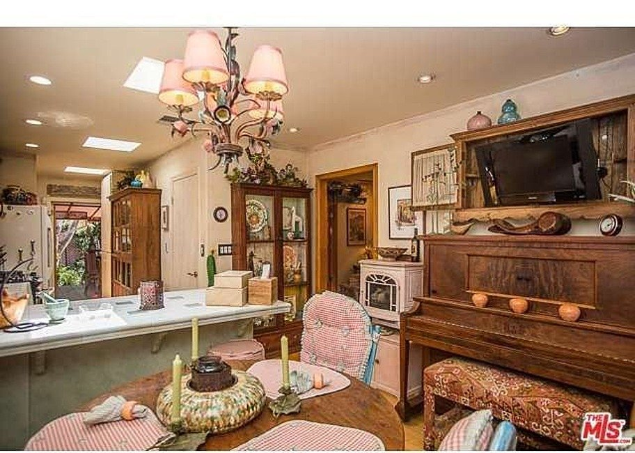 Dolly Parton home for sale kitchen eat in kitchen with piano