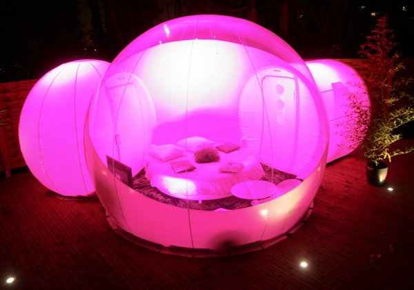 Lighted BubbleLodge