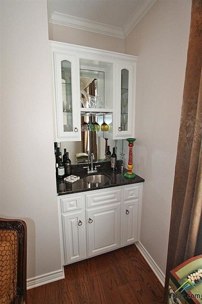 Wet Bar Tyler TX house for sale