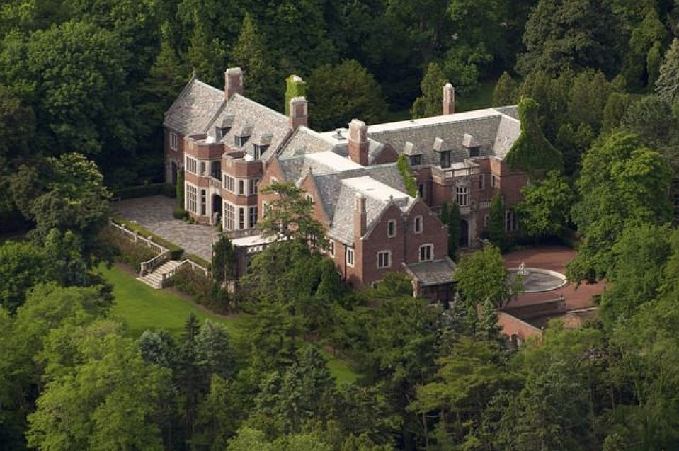 The Schweppe Estate on Lake Michigan