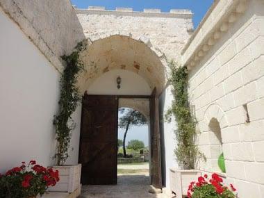 Gate entrance doors