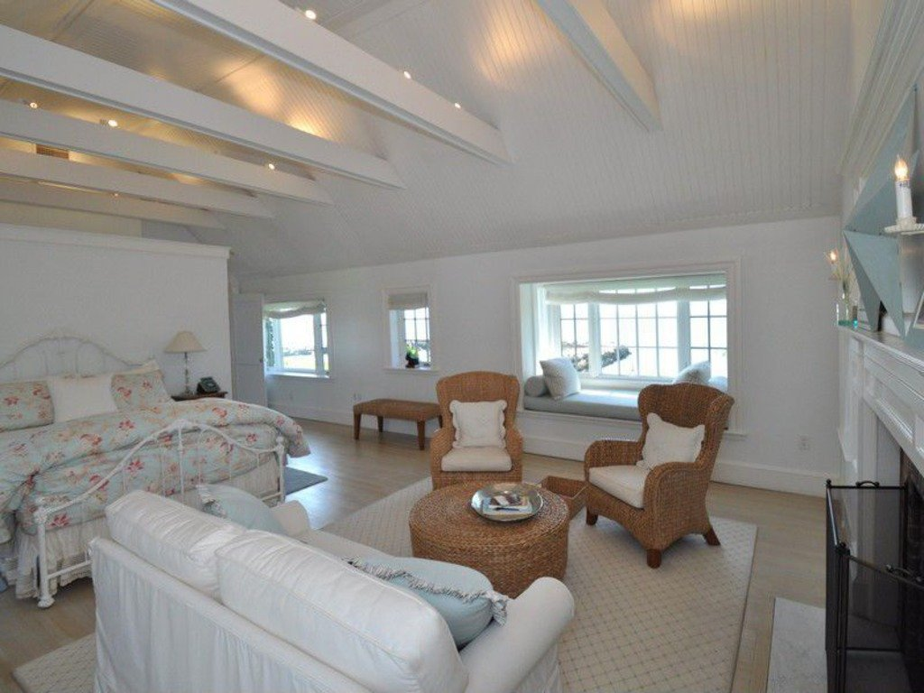 Katherine Hepburn home for sale in Old Saybrook CT