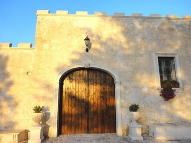 masseria, gate sunset