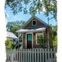 Tiny Bungalow House Is Acorn Sized