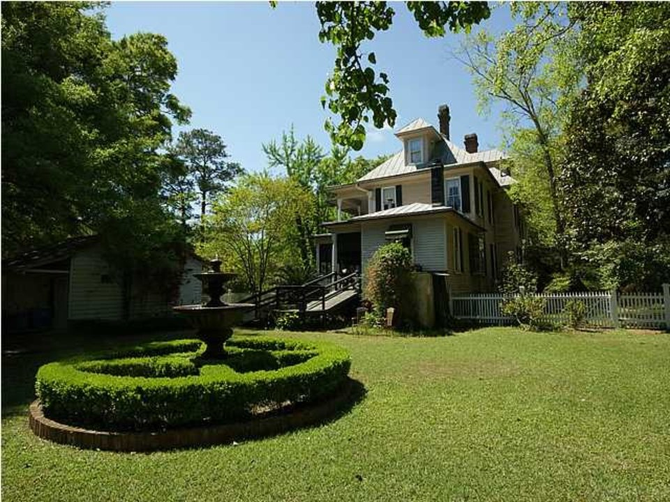 Back view of Mt Pleasant SC home for sale