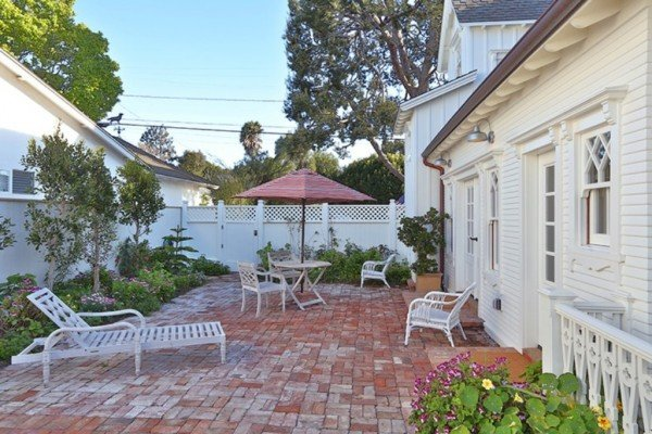 Brick Patio Manhattan Breach CA for sale