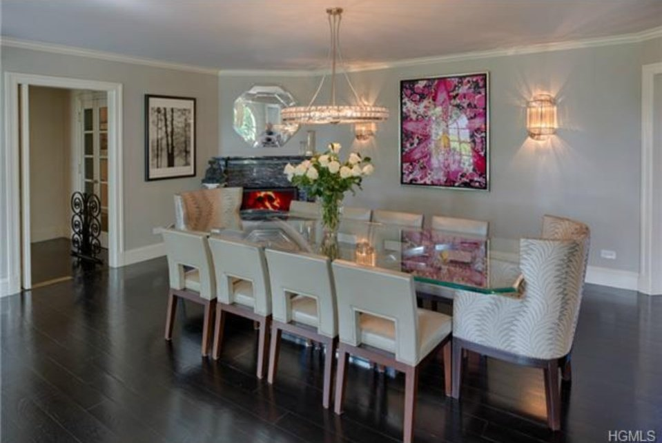 Catherine Zeta Jones Colonial in NY for sale - Beautifully decorated dining room