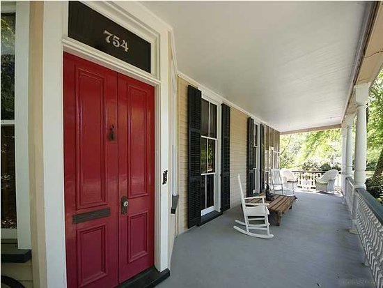 Entrance 754 Pitt St Mt Pleasant SC for sale