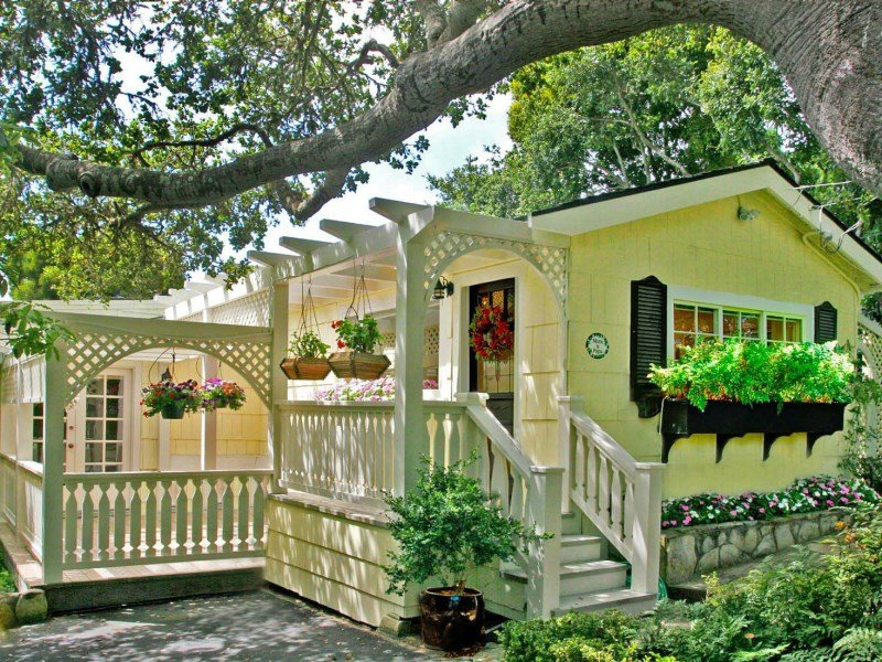 Golden Storybook Cottage in Carmel