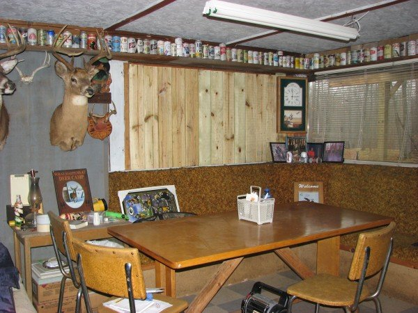 Man Cave : Cabins and Antlers