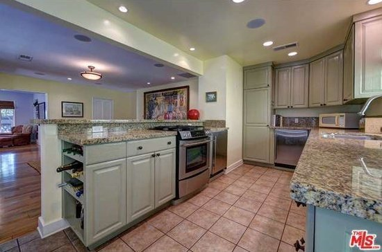 Kitchen 8707 Sunset Plaze Hollywood Hills CA - Zillow