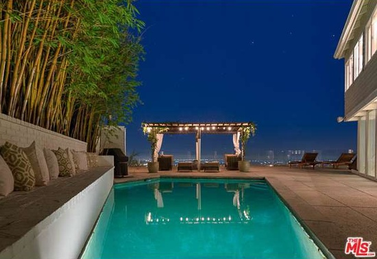 Pool 8460 Cole Crest Dr Los Angeles, CA - zillow