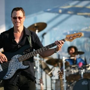Gary Sinise on stage via Creative Commons