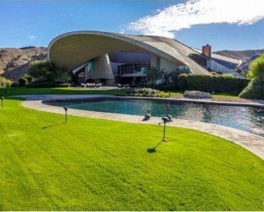 Bob Hope modern home 2466 Southridge Dr Palm Springs CA