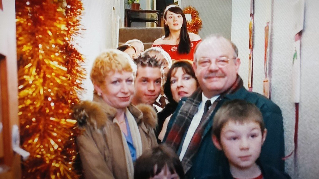 David finds Natalie at home Love Actually screen shot