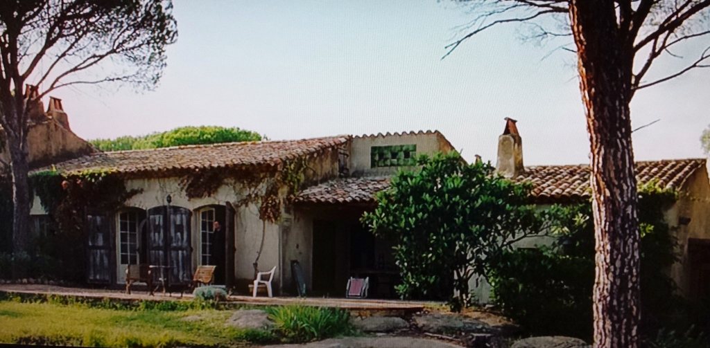 Love Actually Movie with Hugh Grant and Portugal house