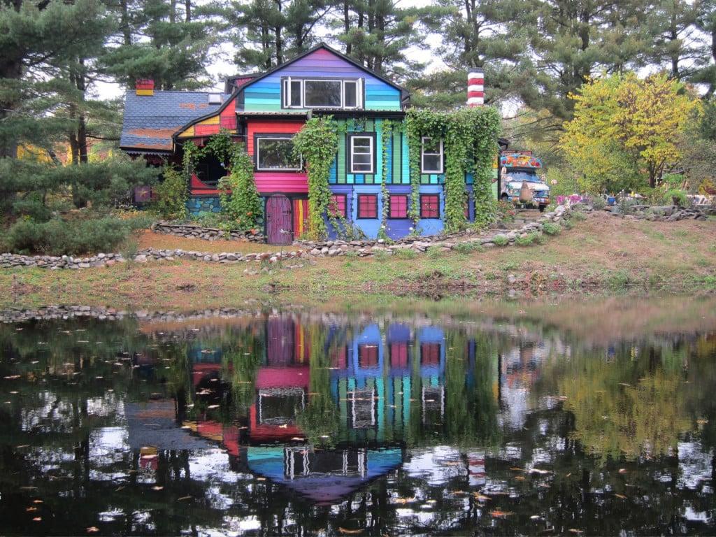 Famous Calico house looks like a rainbow as seen on Katwise.com
