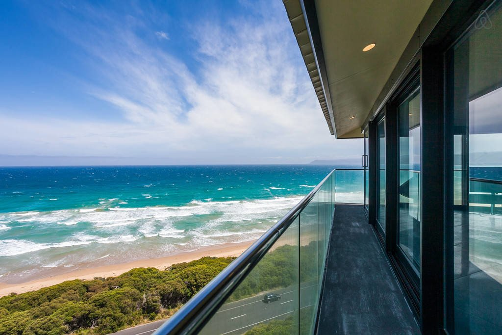 Famous Pole House in Australia is high above the oceans edge