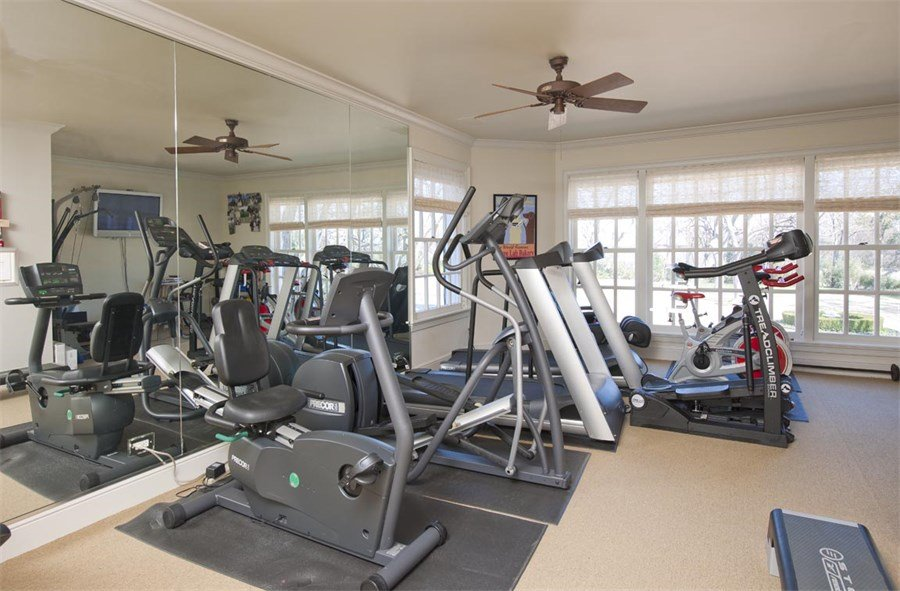 Fully equipped gym inside Dallas Texas home