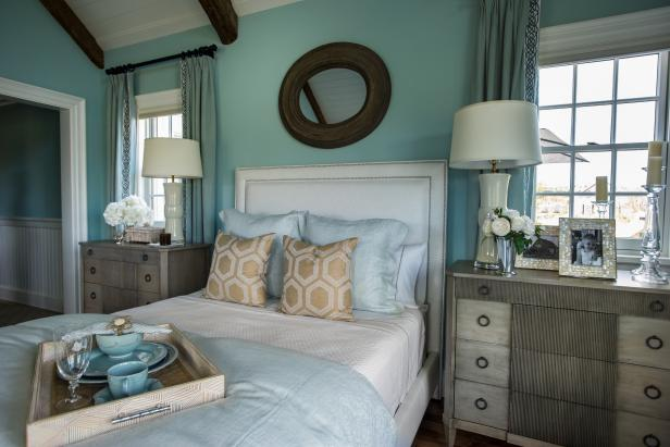 Housekaboodle - HGTV Dream Home bedroom 2015