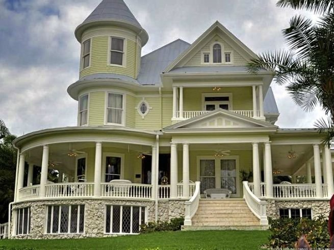 Lamb Manor is a 1910 Queen Anne home saved from demolition and now fully restored.