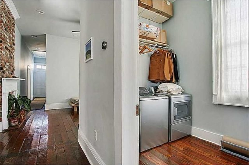 New Orleans LA house for sale 3 bedrooms 2 and 1 and a half bath