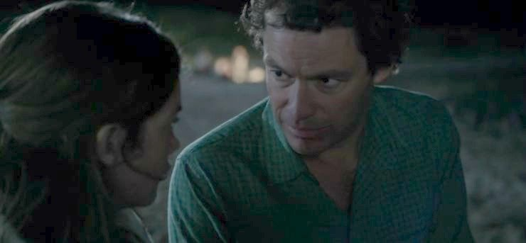Allison and Noah on the beach in season 1 - The Affair