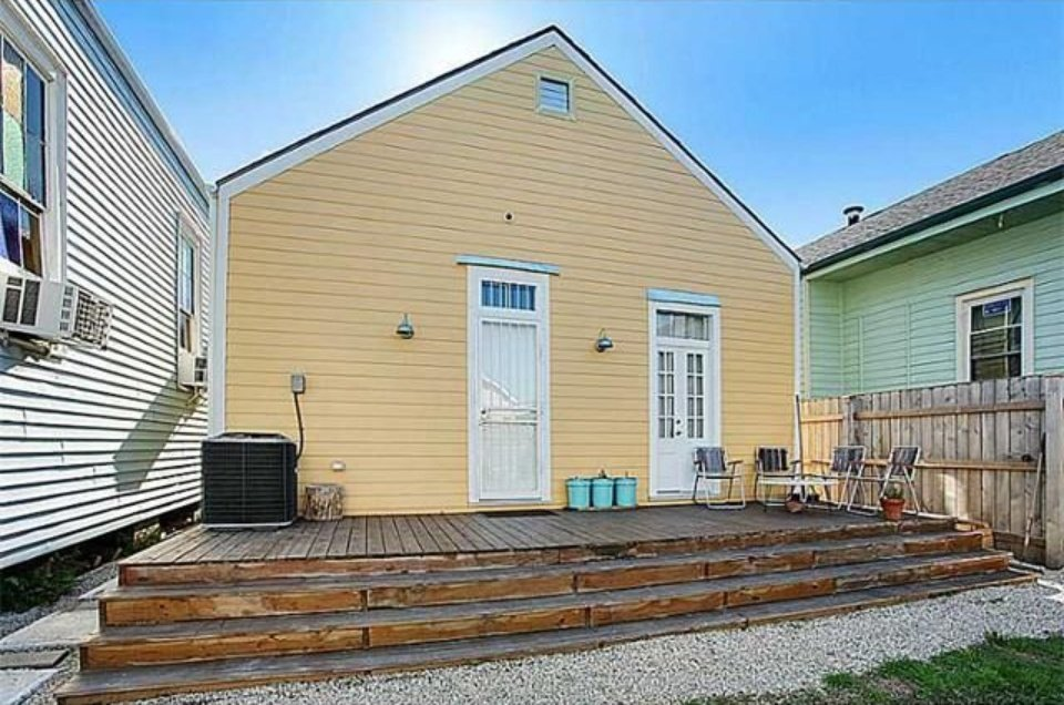 Rear view of New Orleans LA house for sale