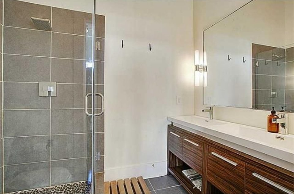 Updated Bathroom New Orleans cottage for sale