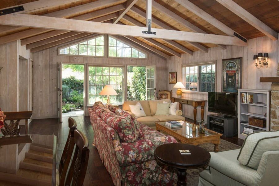 farmhouse style cottage in carmel is enchantment by the sea