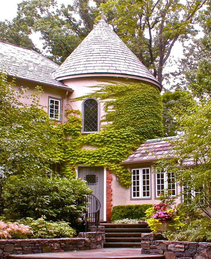 9 Storybook Cottage Homes for Enchanged Living