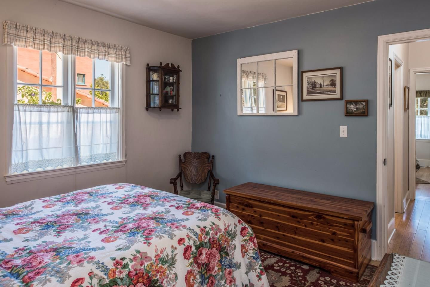 950 14th St, Pacific Grove, CA for sale in Candy Cane Lane neighborhood - bedroom