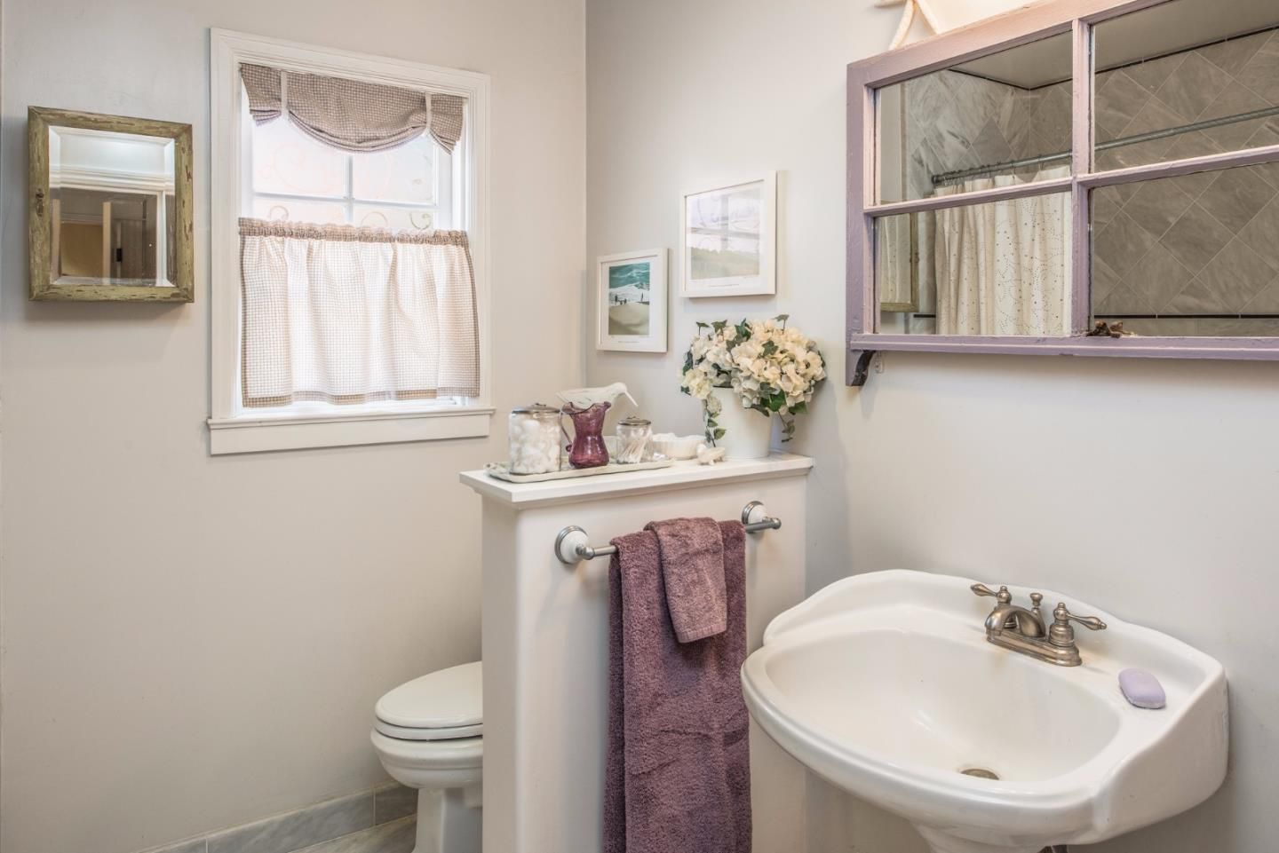 950 14th St, Pacific Grove, CA for sale in Candy Cane Lane neighborhood - downstairs bath
